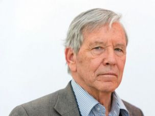 Remembrance of Kibbutzim Past: Despite the intensely collective nature of their lives, Amos Oz?s characters seem terribly disconnected and isolated, groping for answers in the dark.