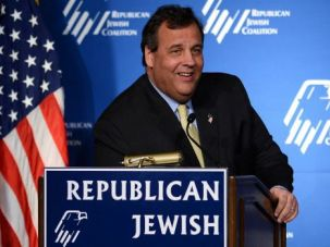 N.J. Gov. Chris Christie speaks during the Republican Jewish Coalition spring leadership meeting in March 2014.