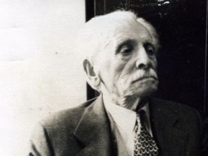 Founding Father: Abraham Cahan edited the Forward for fifty years, right up to his death in 1951.