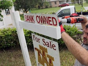Don?t Move Here: The large developments populated by many retirees and transplants are suffering from foreclosures and a stagnant real estate market.