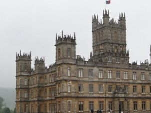 Uptown Living: The Edwardian family that inhabits TV?s famous chateau is based on the Carnarvons.