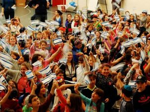 Students at the Jewish Primary Day School in Washington D.C. celebrate Israeli independence day.