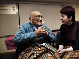 Documenting Their Stories: Dan Yaalon left Czechoslovakia in 1939. He went to Denmark where he stayed until 1941 when he left for Palestine. Now he lives with his family in Israel. He is pictured here with Judith Matyá?ová.