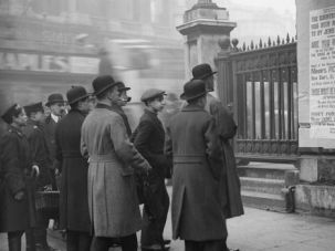 Onward English Soldiers: London onlookers gather in 1916 to study a poster urging Jewish involvement in World War I