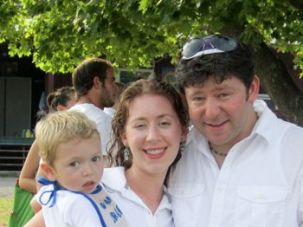 Raising Awareness: Rabbi Lawrence Sernovitz, pictured with his wife and son, urges rabbis to promote carrier screening.