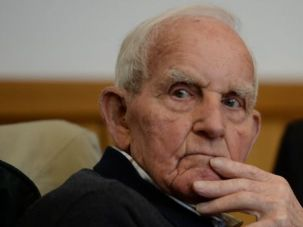 Former Nazi SS officer Siert Bruins waits at court in Hagen, Germany on January 8, 2014.