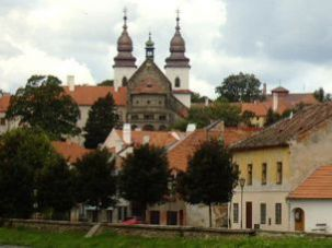 Jewish Quarter: Scenic T?ebí? includes an 18th-century ghetto.