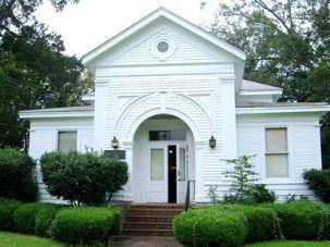 Lexington?s synagogue.