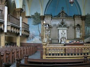 Old and Ornate: The leadership of Congregation Beth Hamedrash Hagadol says its structure has deteriorated beyond repair.