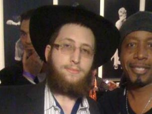 Challah Time: Mordechai Lightstone has stories to tell about rappers M.C. Hammer and Snoop Dogg, along with Bob Dylan, Henry Kissinger and others. He?s also helped jailed criminals see their Jewish identity.