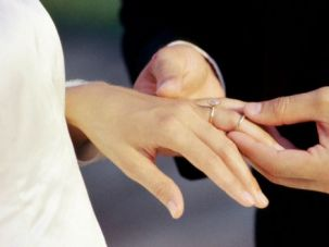 BREAKABLE BONDS?: Intermarriage for rabbis may push the boundaries of Judaism too far.