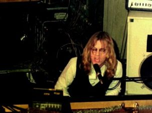 Werewolf of Fresno: Warren Zevon, pictured here in 1976, was the son of a Jewish mobster and studied with Igor Stravinsky.