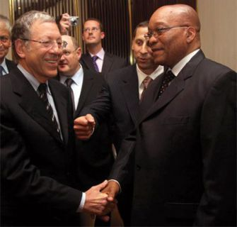 What?s in a Handshake?: President Jacob Zuma (right) meets with Irwin Cotler, the former Canadian Justice Minister, who is a Jewish community activist.