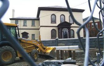 Building the Future? Construction continues on a new visitors center adjacent to the Touro Synagogue, the country?s oldest standing synagogue and a landmark of American architecture and history.