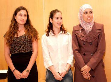 Award recipients Ma?ayan Givoni, Amalya Ze?evi and Safa Abu Hani