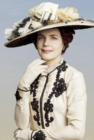 Lady Cora, played by Elizabeth McGovern.