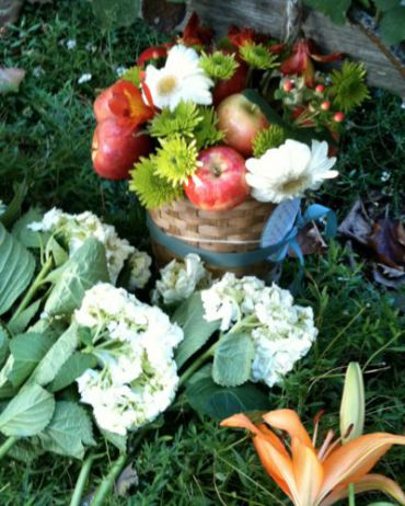 Some of the offerings left in front of Steve Jobs? house.