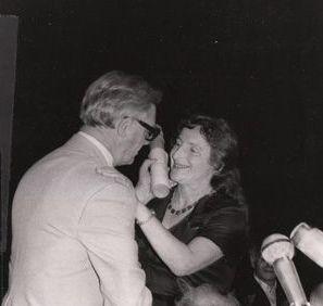 Recognition: Rosenfarb receives the Manger Prize, Israel, 1979.