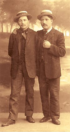Lvov, 1908: Yosef Chaim Brenner and Gershon Shofman looking svelte in boaters.