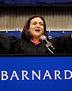 Facebook?s Sheryl Sandberg urges women to stay focused on their ambitions.