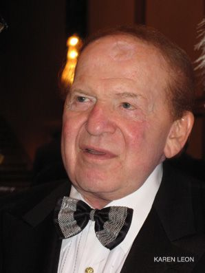Adelson: Honored by the Birthright Israel Foundation.