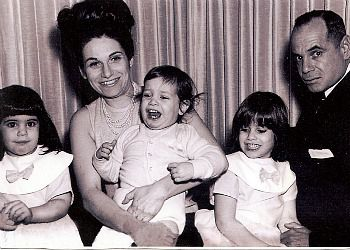 Sisterhood writer Judy Bolton-Fasman, second from right, sits with her family in 1965.