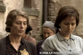 REVISITING HISTORY: The documentary, ?Blessed is the Match,? tells the story of Hannah Senesh (played by Meri Roth, right) and her mother Catherine (Marcela Nohy´nková).