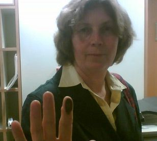 Anat Hoffman, following her earlier arrest and fingerprinting, in January 2010. (click to enlarge)