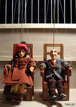 TRAGIC TALE: The story of Ethel and Julius Rosenberg is told in a production by the Czechoslovak-American Marionette Theater.