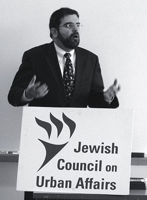 Solidarity: Rabbi Asher Lopatin has worked with pro-union Jewish groups on the Congress Hotel strike.