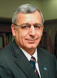 Conflict: Dr. Shlomo Mor- Yosef, the head of Hadassah Medical Organization, was at the center of the conflict.