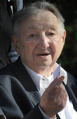 The Last: Marek Edelman, a commander in the Warsaw Ghetto Uprising
