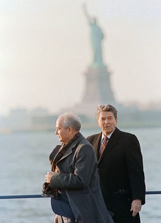 Pondering Liberty: Reagan and Gorbachev can?t face New Jersey.