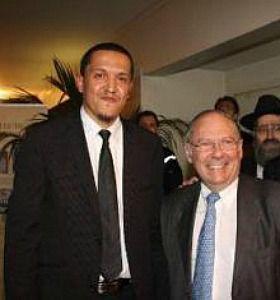 Hassen Chalgoumi meets with French Jewish leader Richard Prasquier.