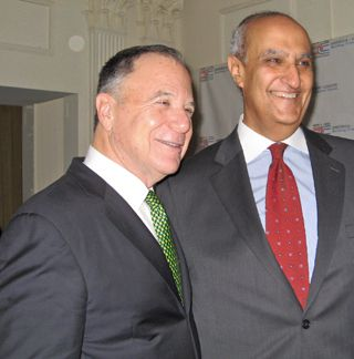 AIFL?s Israel Board Chairman Dan Gillerman with Egyptian Ambassador to the UN Maged Abdelfattah Abdelaziz.