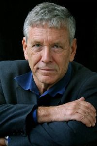 Rebel With Gray Hair: Writer Amos Oz was once a lonely voice advocating for a two-state solution with the Palestinians. Now his views are widely accepted.