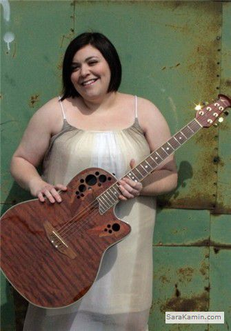 For musician Sara Kamin, life is a balancing act. (click to enlarge)