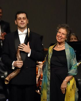 After the Blow, the Bow: Haim Avitsur and Meira Warshauer take their applause.