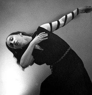 Bound To Move: Anna Sokolow dances her ?Kaddish? in 1945 with a symbolic tefillin wrapped around her arm.