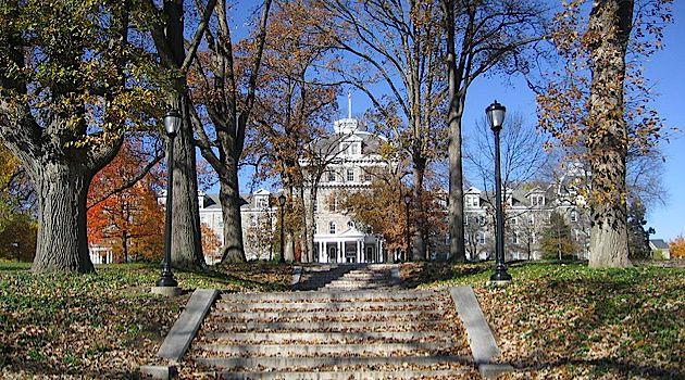 Swarthmore college?s Hillel voted to defy Hillel International?s restrictions on BDS programming.