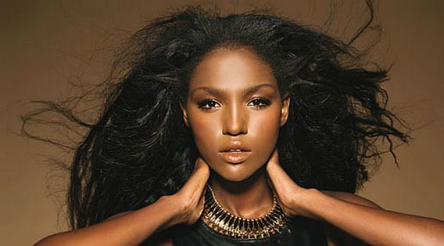 Miss Israel Titi Aynaw is in Moscow for the Miss Universe pageant. And she needs your vote.